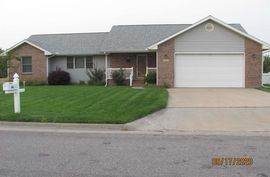 44 E Detroit Dr South Hutchinson, KS 67505,