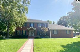103 Road Runner Ln Hutchinson, KS 67502,