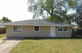 405 Crystal East Ave South Hutchinson, KS 67505,