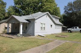 Photo of 212 Michigan Winfield, KS 67156