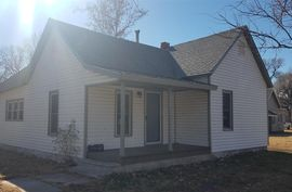 313 W Main St Sterling, KS 67579-2021,