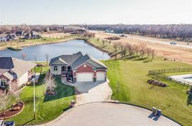 Photo of 166 E Timber Creek Ct Haysville, KS 67060