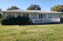 213 S Kennedy St Hillsboro, KS 67063,
