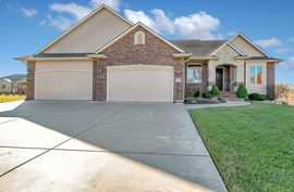 13203 E EQUESTRIAN CIR Wichita, KS 67230,