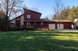 3132 Royer West Dr Newton, KS 67114,