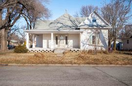 300 E Thornton St Moundridge, KS 67107,