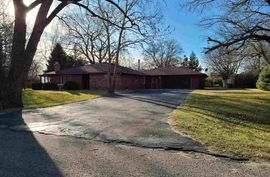 10121 Golden Arrow Dr Hutchinson, KS 67502,
