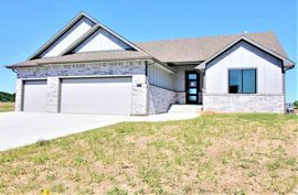 Photo of 2105 S Michelle St Wichita, KS 67207