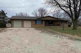 996 15th Ave McPherson, KS 67460,