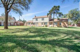 2701 E Harry St Wichita, KS 67211,