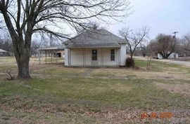342 N Wabash St Howard, KS 67349,
