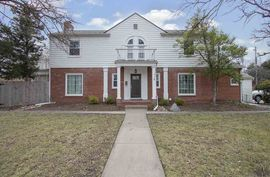 5119 E DOUGLAS AVE Wichita, KS 67218,
