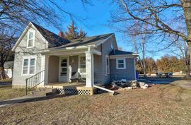 114 W Durst St Moundridge, KS 67107,