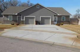 416-420 S Twin Pines Haysville, KS 67060,