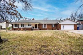 645 N Brookfield Rd Wichita, KS 67206,