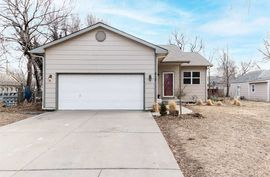 Photo of 212 N Tracy St Wichita, KS 67212