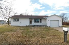 Photo of 515 S Wilson St Hillsboro, KS 67063