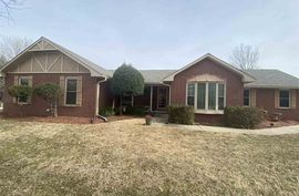 2306 N Squirrel Run Arkansas City, KS 67005,