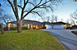 26 Basswood Ln Sterling, KS 67579,