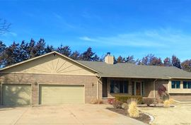 421 Cedar Ridge Drive Newton, KS 67114,