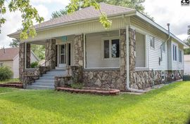 Photo of 435 S Broadway Ave Sterling, KS 67579-2319