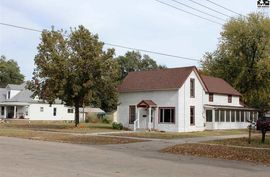 Photo of 112 N 5th Sterling, KS 67579